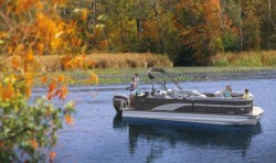 2019 - Manitou Boats - Encore Pro Angler 22 Full Front