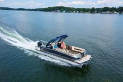 2019 - Manitou Boats - Legacy LT 23 SRS
