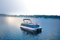 2019 - Manitou Boats - SES 23 Entertainer