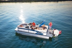 2019 - Manitou Boats - X-Plode 23 RFW
