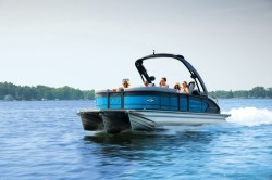 2019 - Manitou Boats - X-Plode 23 RFX
