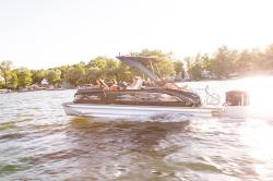 2020 - Manitou Boats - XT 23 RFXW