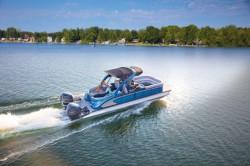 2020 - Manitou Boats - Legacy 23 SLW