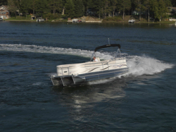 Manitou Boats 26 Legacy SHP Pontoon Boat