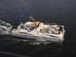 Manitou Boats - 22 Osprey