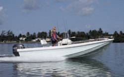 McKee Craft Boats Bay Classic 185 Center Console Boat