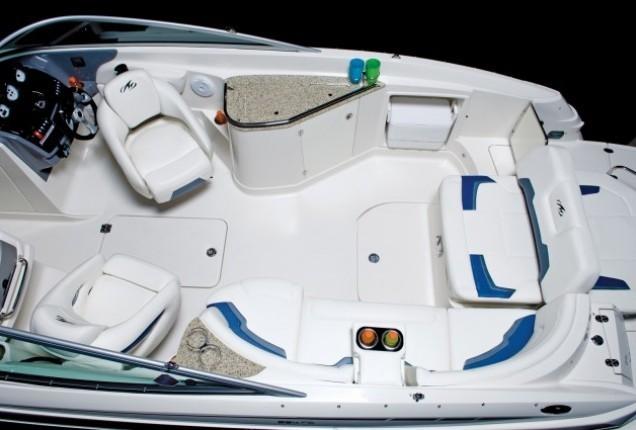 l_254fs_cockpit2
