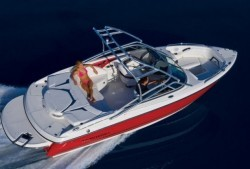 2010 - Monterey Boats - 224FS
