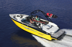 2018 - Monterey Boats - 218 SS