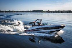 2018 - Monterey Boats - MX6 Surf