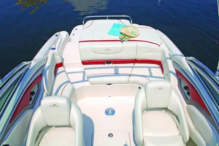l_Monterey_Boats_234_FS_2007_AI-242938_II-11349355