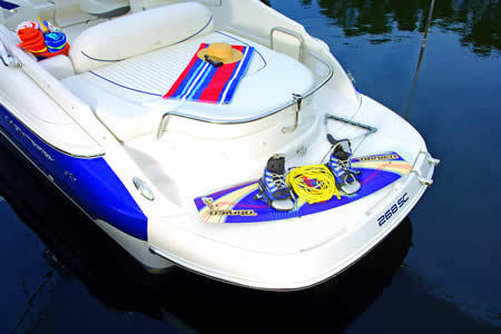 l_Monterey_Boats_268_SC_2007_AI-242675_II-11349263