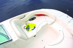 Monterey Boats 243 EX Deck Boat