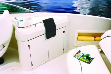 l_Monterey_Boats_263_ES_2007_AI-242955_II-11349800