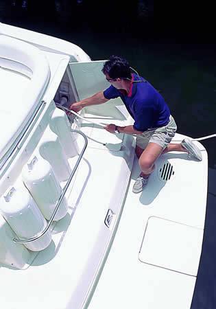 l_Monterey_Boats_-_322_CR_2007_AI-242974_II-11349820