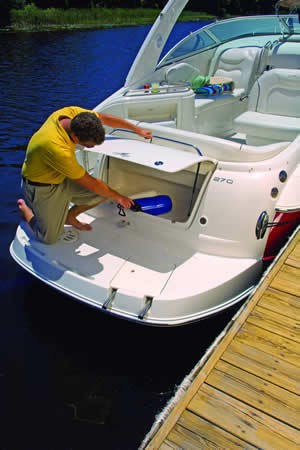 l_Monterey_Boats_270_CR_2007_AI-242972_II-11349738
