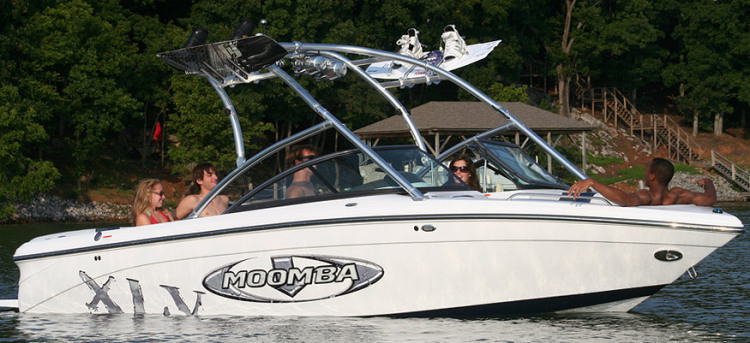 2010 Moomba Boats Research