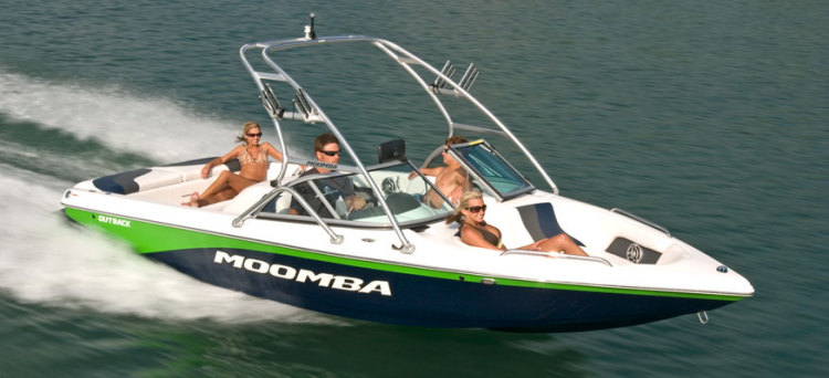 research 2010 moomba boats outback on. Black Bedroom Furniture Sets. Home Design Ideas