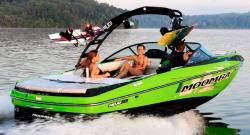 2014 - Moomba Boats - Mojo 25