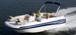 2010 - Nauticstar Boats - 222 SC IO