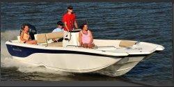 2011 - Nauticstar Boats - 210 Coastal
