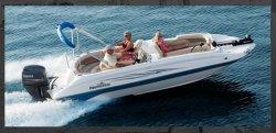 2011 - Nauticstar Boats - 205 SC OB