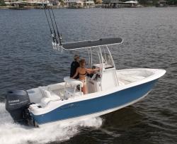 2013 - Nauticstar Boats - 1900 XS Series CC