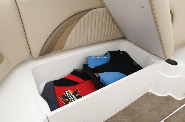 l_hinged-under-seat-storage