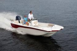 2014 - Nauticstar Boats - 210 Coastal