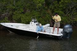 2014 - Nauticstar Boats - 214 XTS