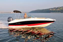 2015 - Nauticstar Boats - 203 DC