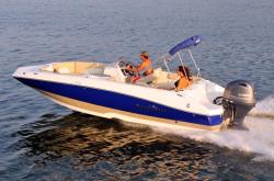 2015 - Nauticstar Boats - 203 SC