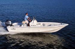2015 - Nauticstar Boats - 2110 Sport