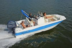 2018 - Nauticstar Boats - 211 Angler