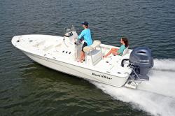2018 - Nauticstar Boats - 2200 Sport