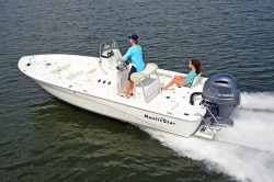 2019 - Nauticstar Boats - 2200 Sport