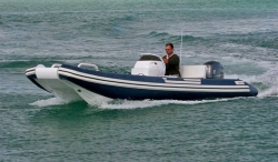 2013 - Novurania RIB - Catamaran 20