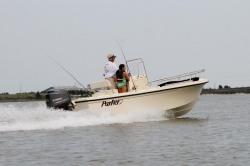 2014 - Parker Boats - 1801 Center Console