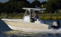 2012 - Pioneer Boats - 222 Sportfish