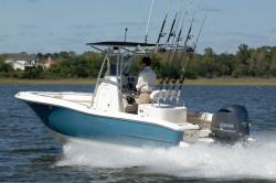 2014 - Pioneer Boats - 197 Sport Fish