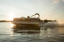 2018-Premier Marine S-Series 230