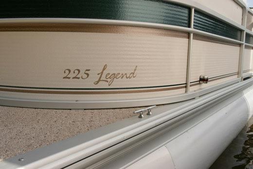 l_Premier_Marine_-_250_Legend_RE_2_Tube_2007_AI-256721_II-11584929