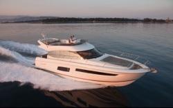 2018 - Prestige Yachts - Prestige 560