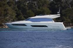 2018 - Prestige Yachts - 680 S