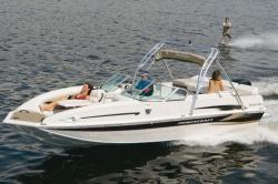 2011 - Princecraft Boats - Ventura 220 WS