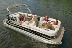2011 - Princecraft Boats - Versailles 23