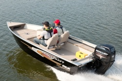 2013 - Princecraft Boats - Resorter DLX SC