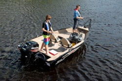 2015 - Princecraft Boats - Holiday DLX SC