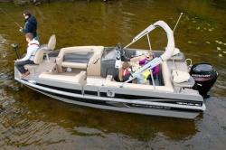 2015 - Princecraft Boats - Ventura 194