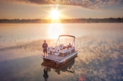 2018-Qwest Edge 615 Family Cruise